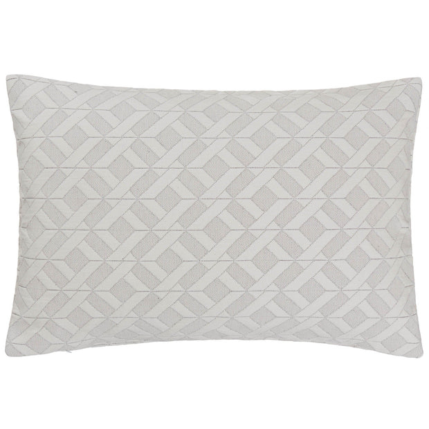 Aldeia quilt in light cream & black, 100% cotton |Find the perfect bedspreads & quilts