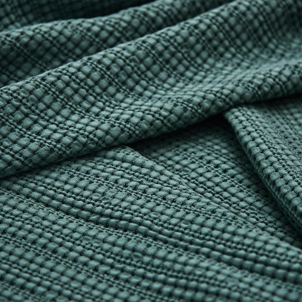 Anadia bedspread in green, 100% cotton |Find the perfect bedspreads & quilts