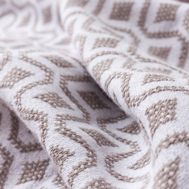 Viana bedspread, natural & white, 100% cotton | URBANARA bedspreads & quilts