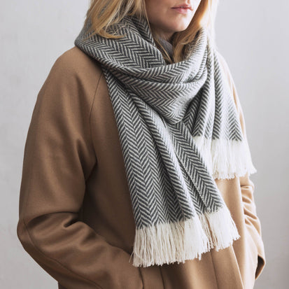 Nerva Cashmere Scarf charcoal & cream, 100% cashmere wool & wool