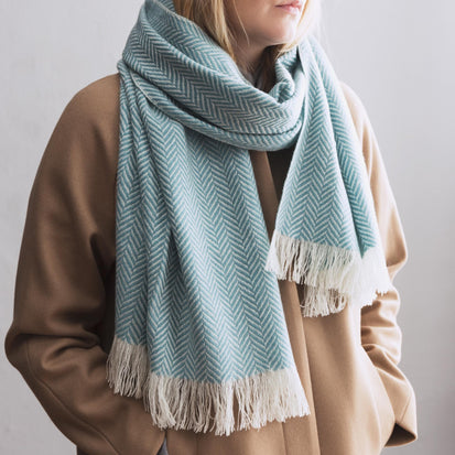 Nerva scarf, mint & cream, 100% cashmere wool