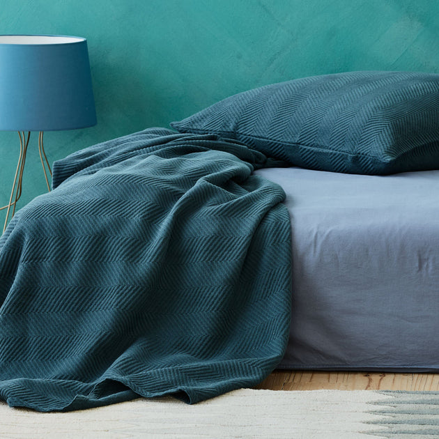 Teal Lixa Kissenhülle | Home & Living inspiration | URBANARA