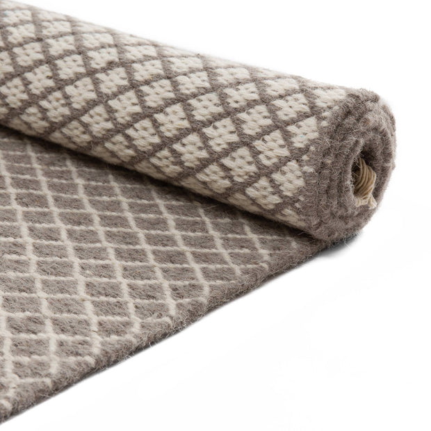 Loni runner, grey & off-white, 100% wool |High quality homewares