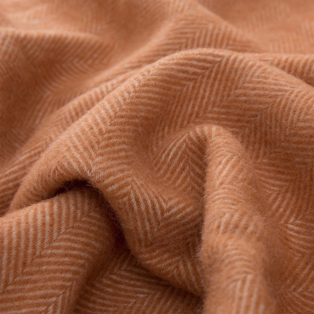 Corcovado blanket in terracotta & off-white, 50% alpaca wool & 50% merino wool |Find the perfect alpaca blankets