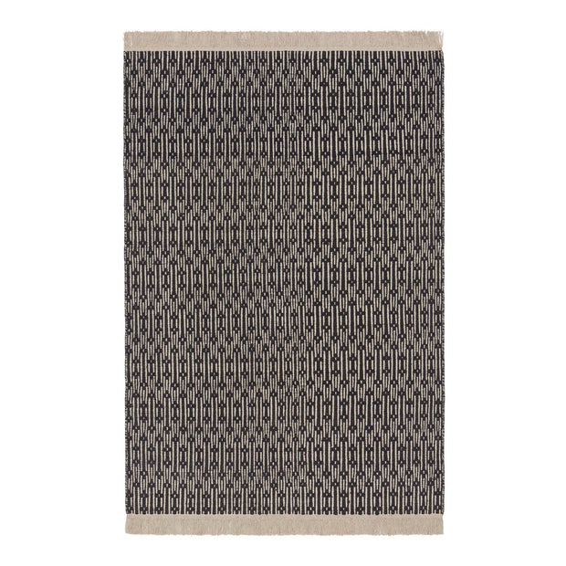 Lumaco rug in charcoal & off-white, 100% wool |Find the perfect wool rugs