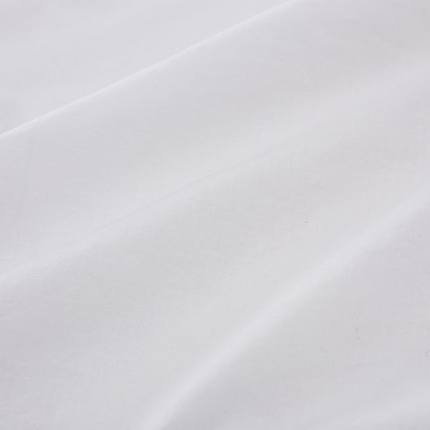 Luz fitted sheet, white, 100% cotton | URBANARA fitted sheets