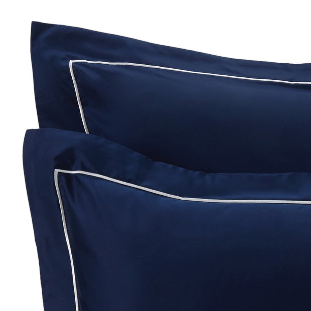 Karakol pillowcase, dark blue & off-white, 100% cotton | URBANARA sateen bedding