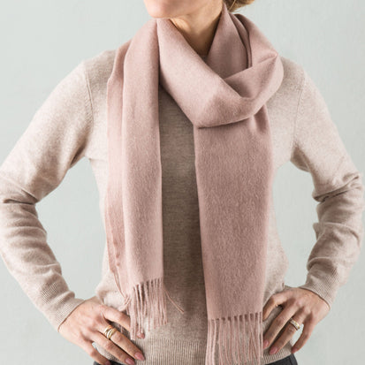 Limon scarf, dusty pink, 100% baby alpaca wool