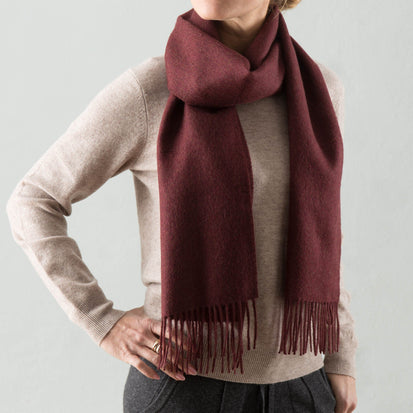 Limon scarf, bordeaux red, 100% baby alpaca wool