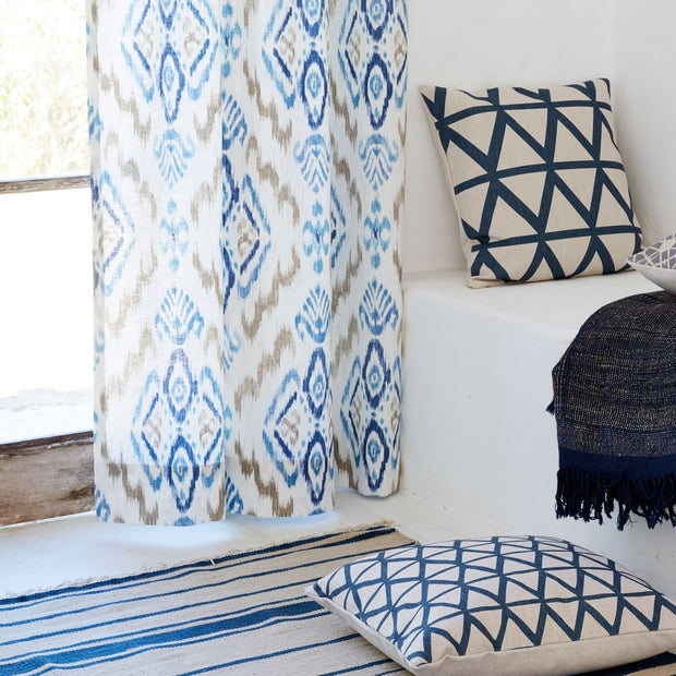 Natural white & Dark blue & Denim blue Suide Vorhang | Home & Living inspiration | URBANARA