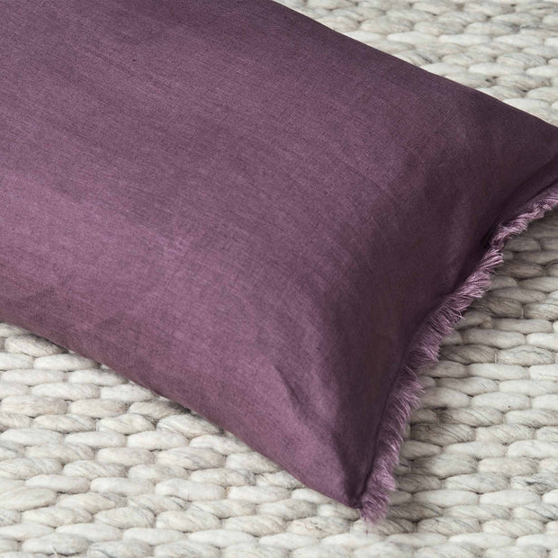 Bellvis cushion cover in aubergine, 100% linen |Find the perfect cushion covers