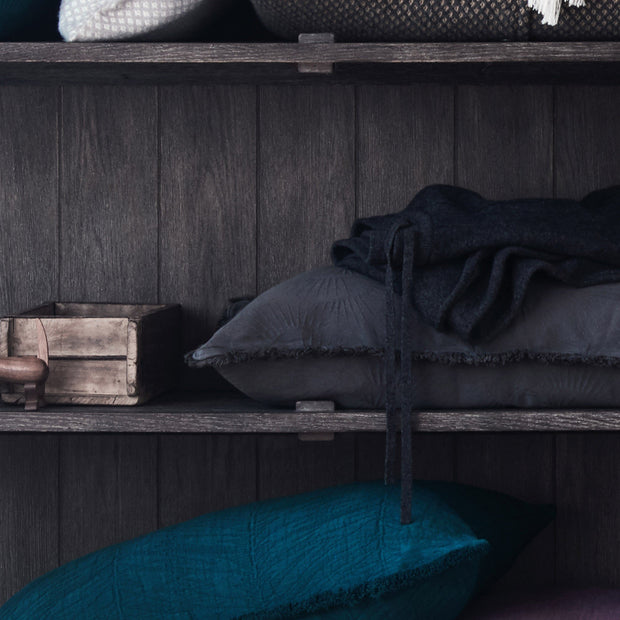 Charcoal Espinho Kissenhülle | Home & Living inspiration | URBANARA