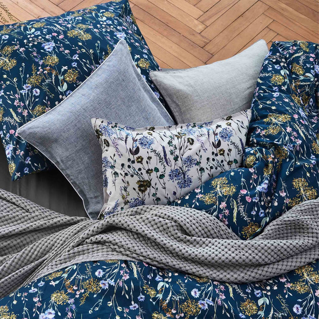 Multicolour & Dark blue Laviano Bettdeckenbezug | Home & Living inspiration | URBANARA
