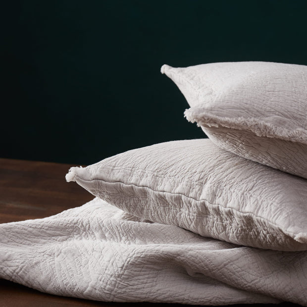 Ruivo cushion cover in light grey, 100% cotton |Find the perfect cushion covers