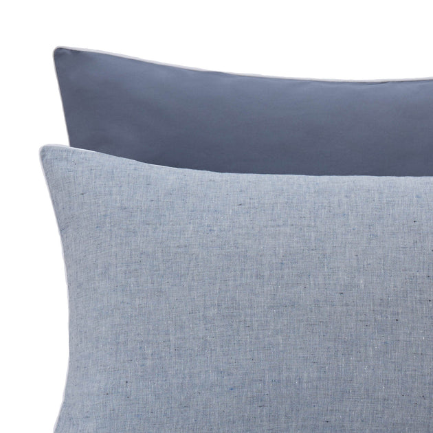 Dark grey blue & White Sameiro Kissenbezug | Home & Living inspiration | URBANARA