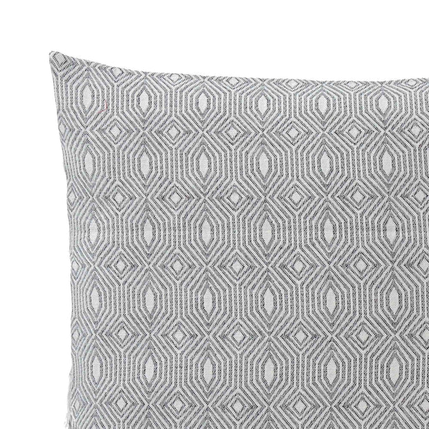 Alcoa cushion cover, black & natural white, 100% cotton | URBANARA cushion covers