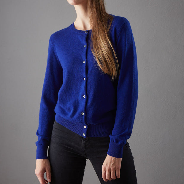 Royal blue Nora Strickjacke | Home & Living inspiration | URBANARA