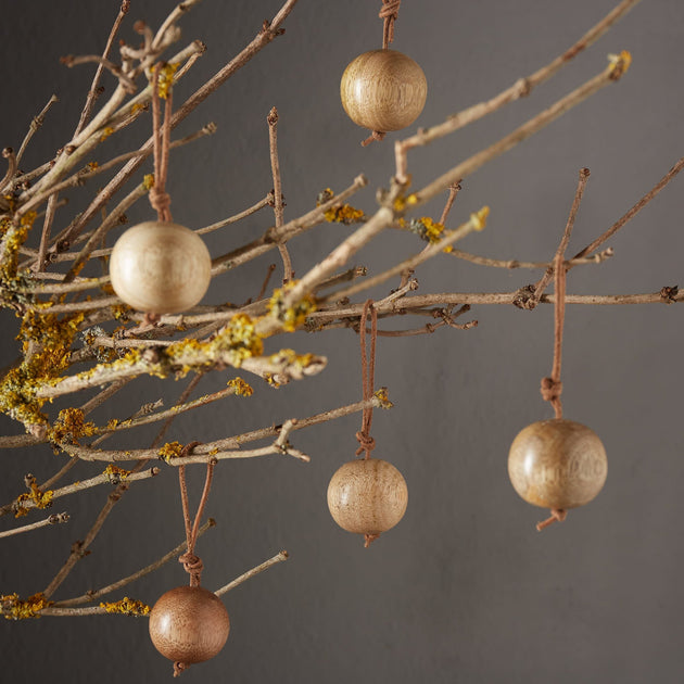 Warm brown Kabru Weihnachtsdekoration | Home & Living inspiration | URBANARA