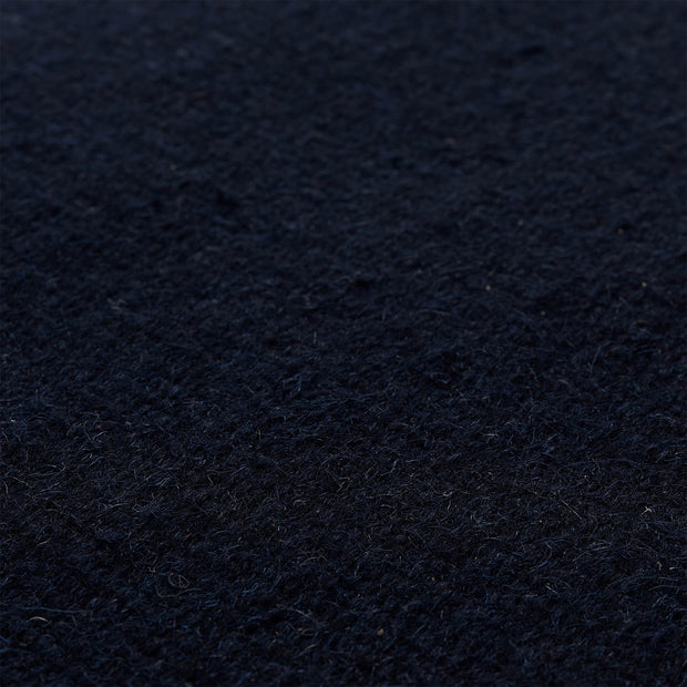 Manu rug in dark blue, 100% wool & 100% cotton |Find the perfect wool rugs