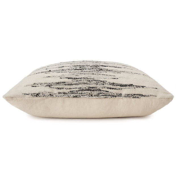 Balotra Floor Cushion [Natural white/Black]