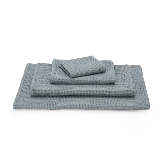 Neris hand towel, light green grey, 100% linen