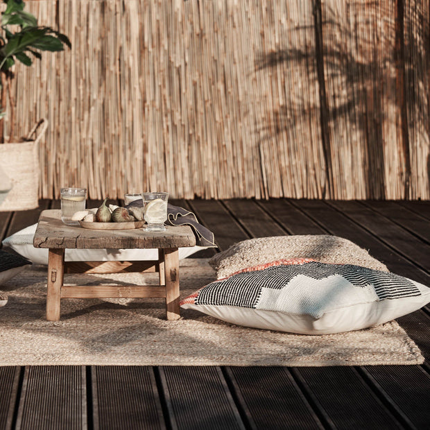 Gorbio rug in natural, 90% jute & 10% cotton |Find the perfect jute rugs
