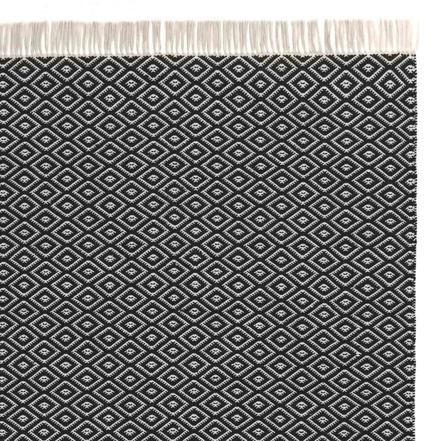 Barota Outdoor Rug black & white, 100% pet | URBANARA outdoor accessories