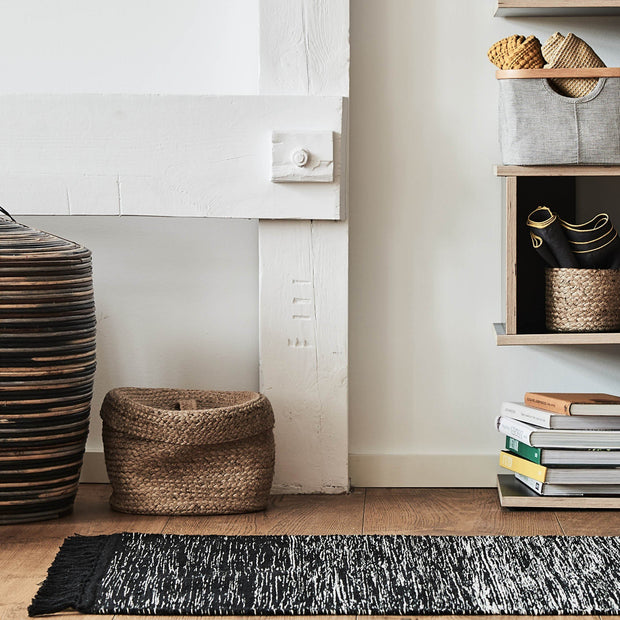 Ziller Rug [Black/Natural white]