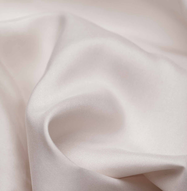 Lucca fitted sheet, taupe, 100% silk | URBANARA fitted sheets
