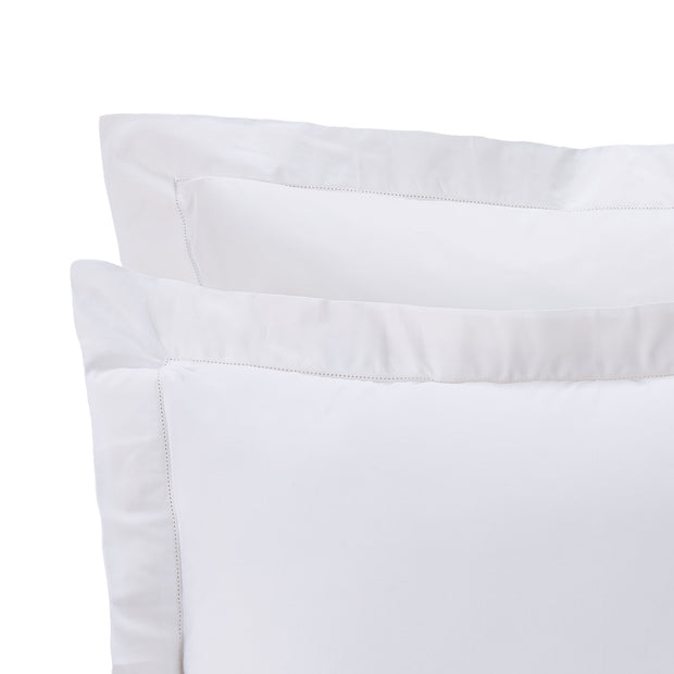 Arles Duvet Cover white, 100% combed and mercerized cotton | URBANARA sateen bedding