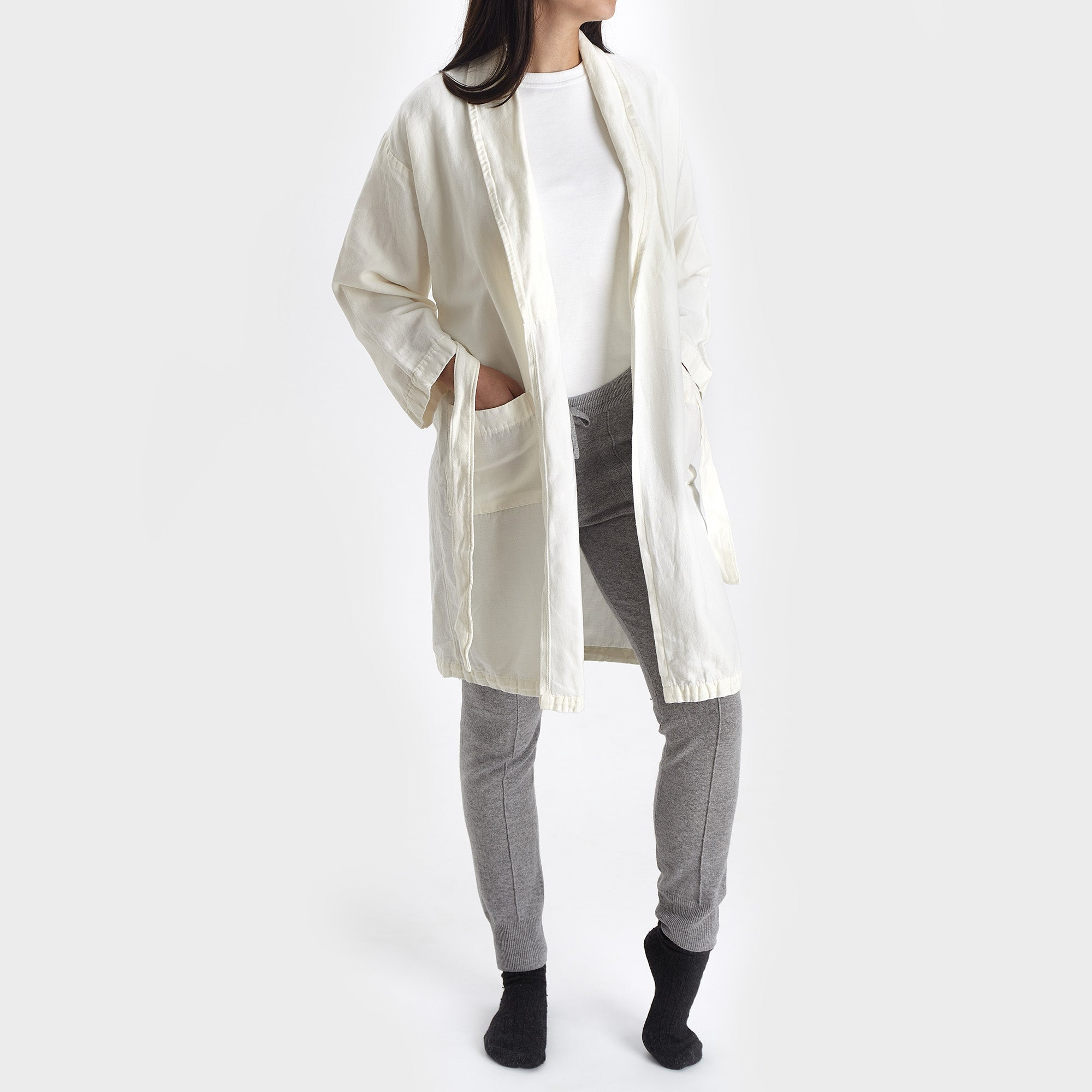 Antero Bathrobe [White]