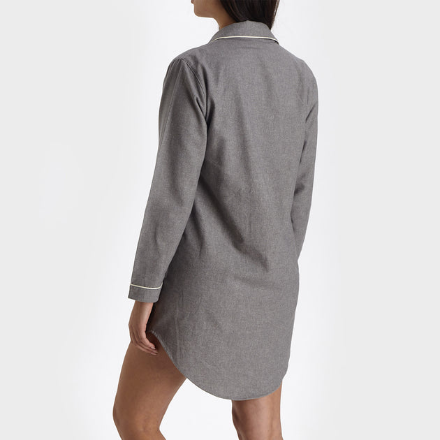 Arove Nightshirt in stone grey & natural white | Home & Living inspiration | URBANARA