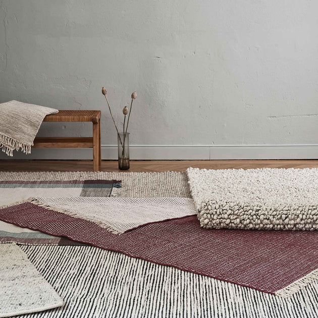 Bordeaux red & Natural Upani Teppich | Home & Living inspiration | URBANARA