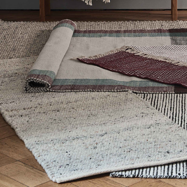 Jindas runner, silver grey, 65% wool & 35% cotton | URBANARA runners