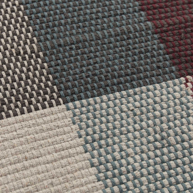 Bapeu rug in light grey & teal & bordeaux red, 100% cotton |Find the perfect cotton rugs