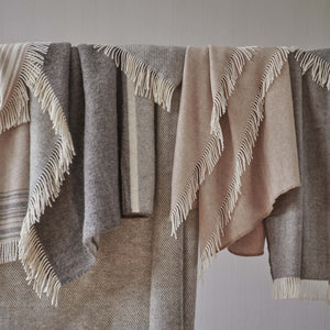 Gotland Wool Blanket in grey & cream | Home & Living inspiration | URBANARA