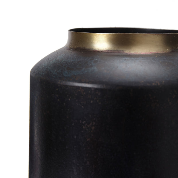 Dapoli Vase black & brass, 100% metal | High quality homewares