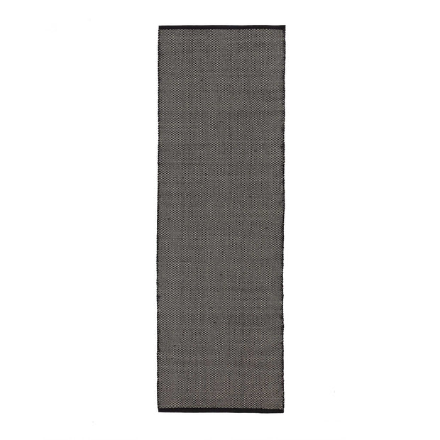 Khara runner in black & natural white | Home & Living inspiration | URBANARA