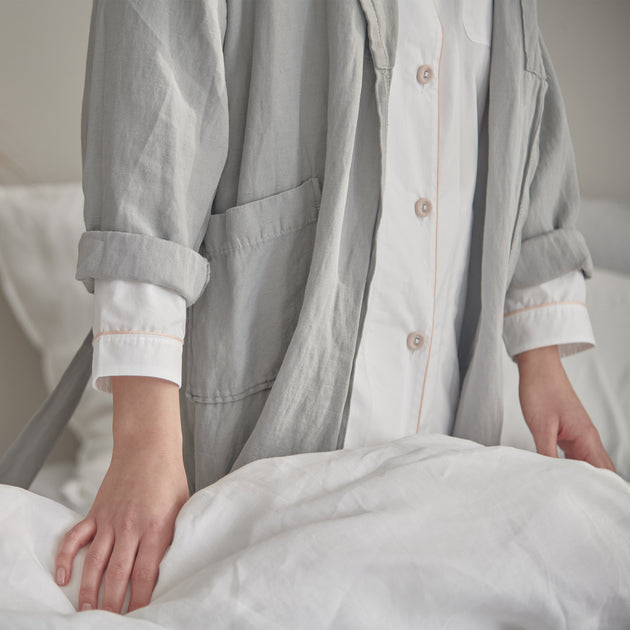 Alva Nightshirt in white & light pink | Home & Living inspiration | URBANARA
