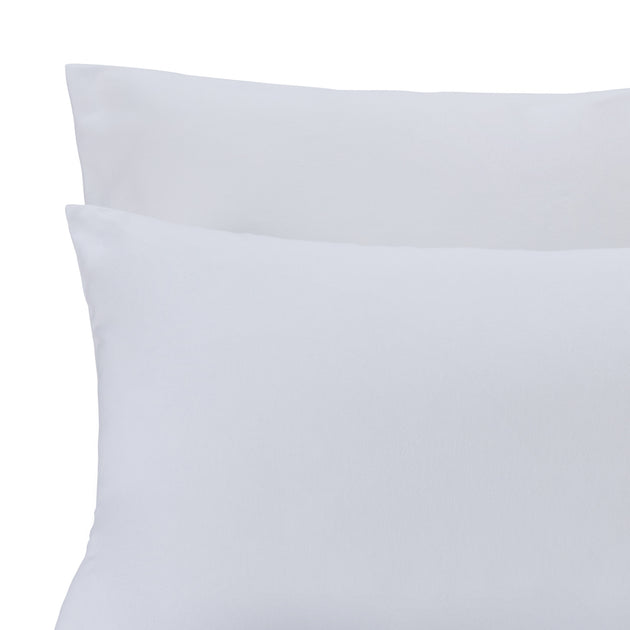 Moreira Flannel Bed Linen in white | Home & Living inspiration | URBANARA