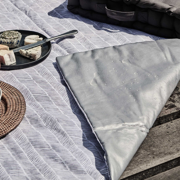 Mallur Picnic Blanket in pigeon blue & natural white & pigeon blue | Home & Living inspiration | URBANARA