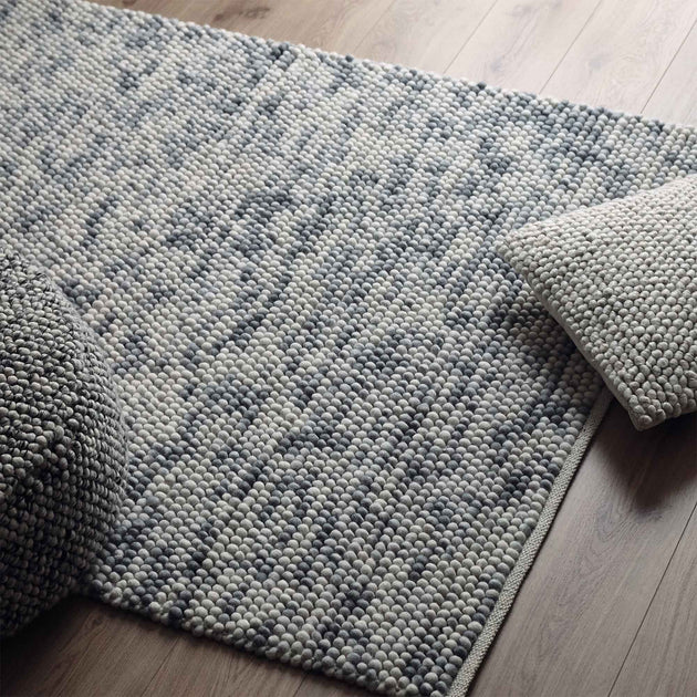 Ravi Wool Rug in grey melange | Home & Living inspiration | URBANARA