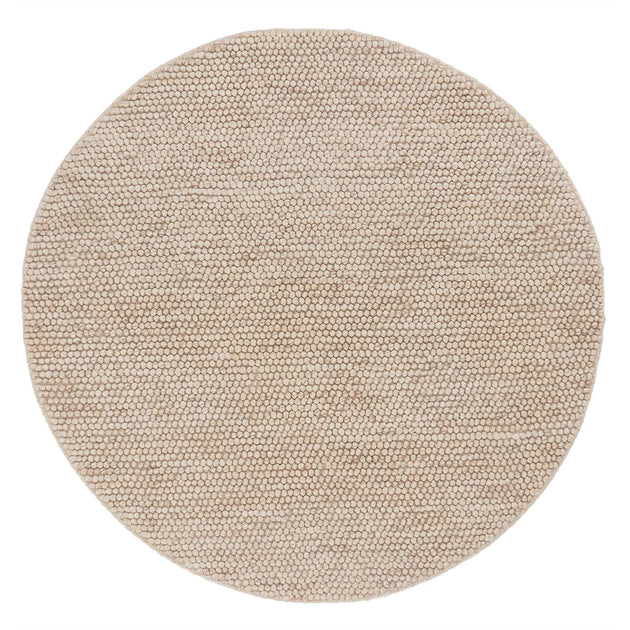 Ravi Rug in natural white | Home & Living inspiration | URBANARA