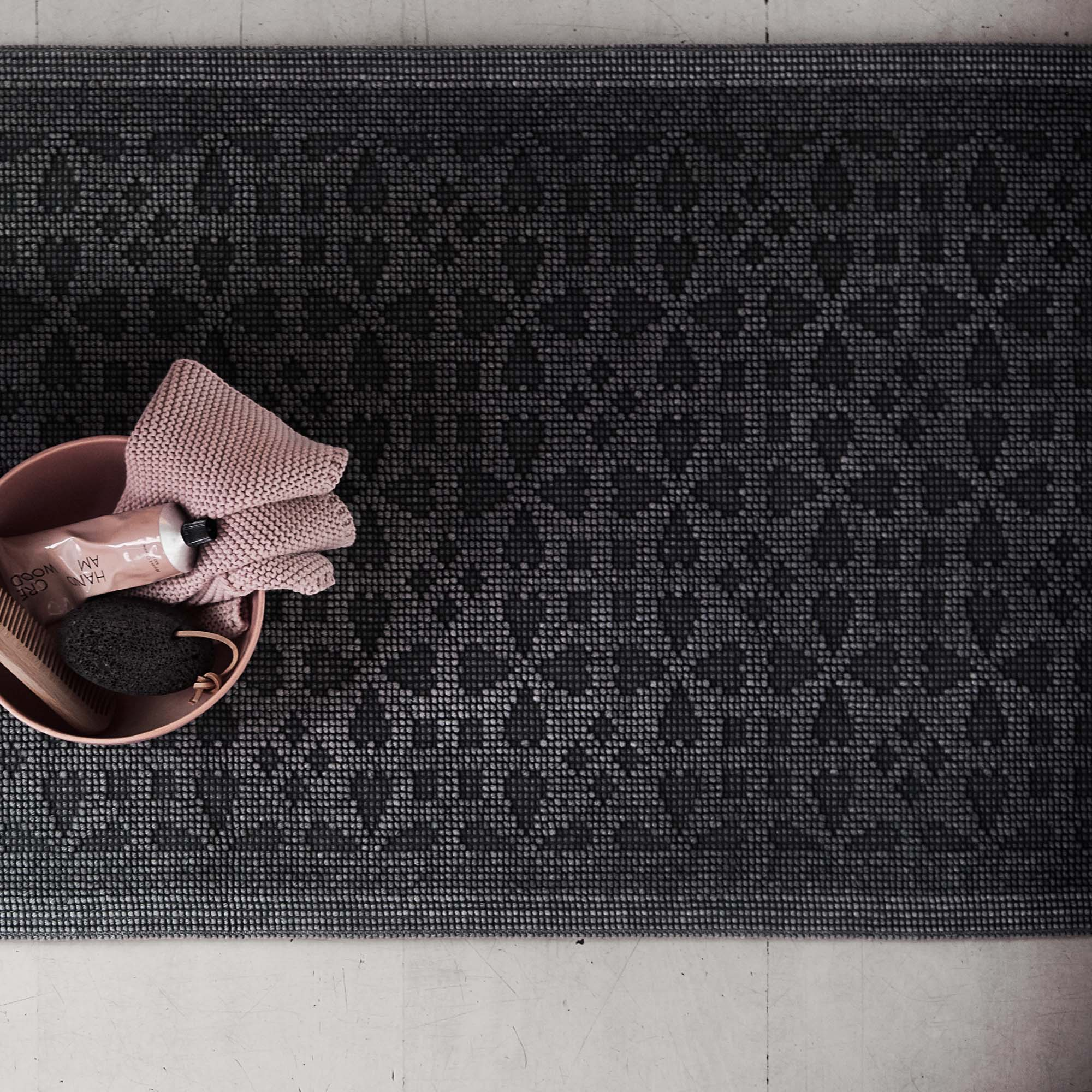 Charcoal Qasita Badematte | Home & Living inspiration | URBANARA