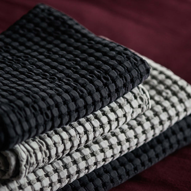 Veiros Towel charcoal, 100% cotton | URBANARA cotton towels
