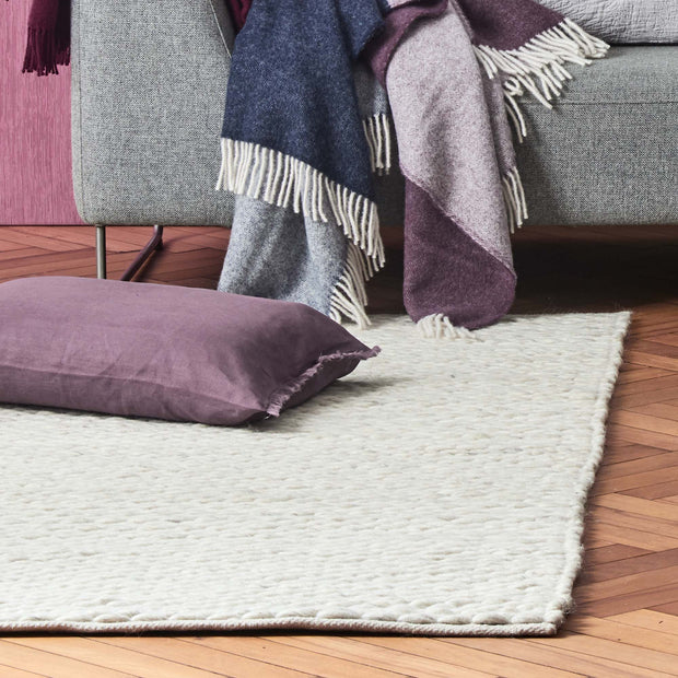 Romo Rug cream & natural, 50% wool & 50% cotton | High quality homewares
