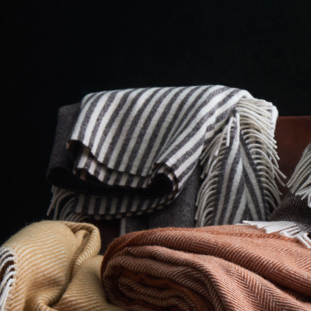 Visby Wool Blanket in brown & cream | Home & Living inspiration | URBANARA