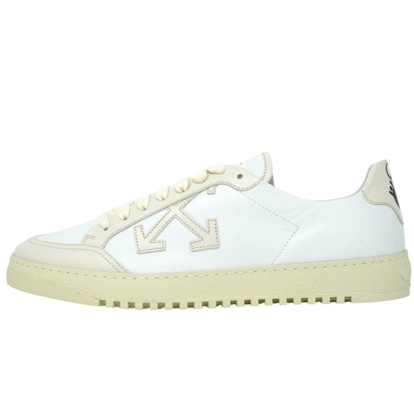 Off-White OMIA042F20LEA0010163 White and Cream