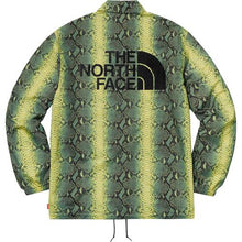 Load image into Gallery viewer, Supreme®/The North Face® Snakeskin Taped Seam Coaches Jacket Green