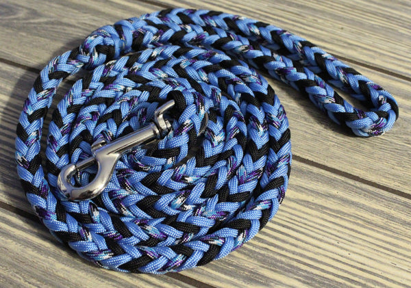 Black Ice Paracord Leash by The Dog Ladies